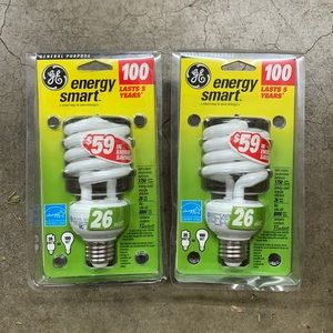 Light bulbs two pack